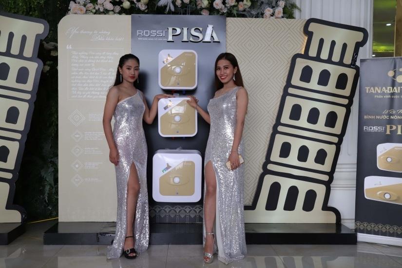 Rossi Pisa là phiên bản đặc biệt của thương hiệu bình nước nóng Rossi