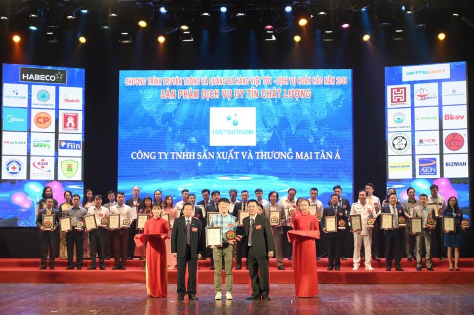 Tập đoàn Tân Á Đại Thành nhận cú đúp giải thưởng