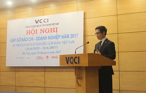 TS Vũ Tiến Lộc - Chủ tịch VCCI phát biểu tại Hội thảo.