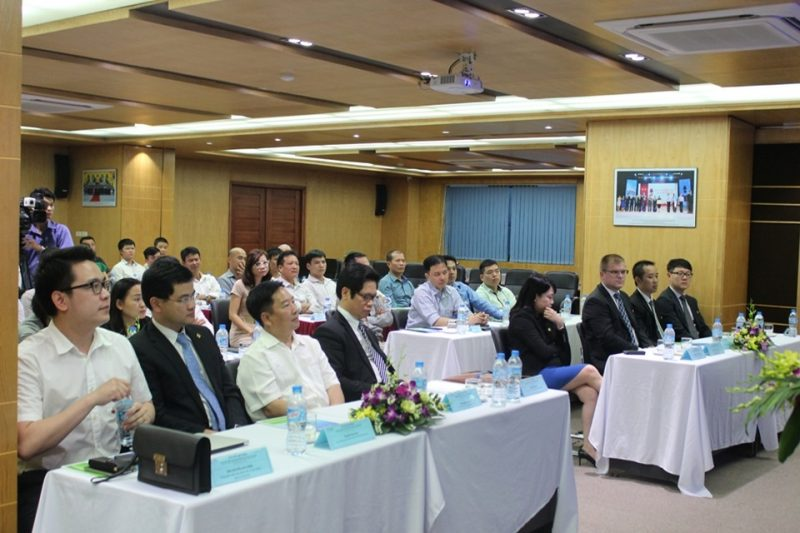 Các đối tác, đại biểu khách mời đến tham dự lễ ký kết