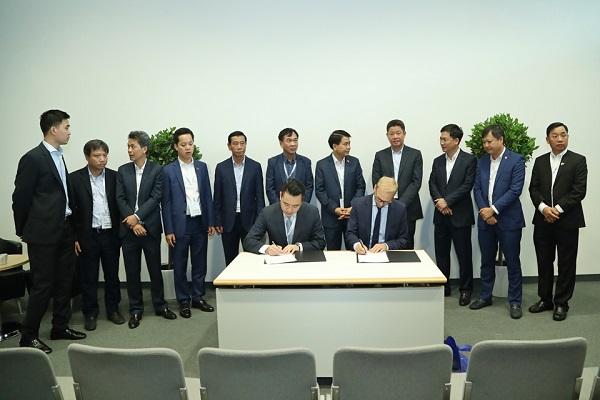 Tân Á Đại Thành ký kết thỏa thuận hợp tác với Tập đoàn Krauss Maffei (CHLB Đức) 1
