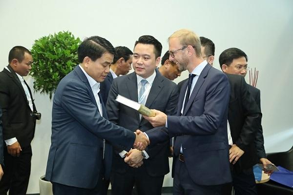 Tân Á Đại Thành ký kết thỏa thuận hợp tác với Tập đoàn Krauss Maffei (CHLB Đức) 5