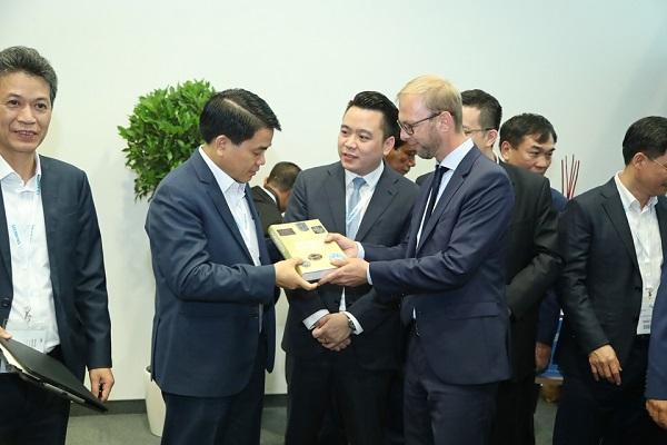 Tân Á Đại Thành ký kết thỏa thuận hợp tác với Tập đoàn Krauss Maffei (CHLB Đức) 6