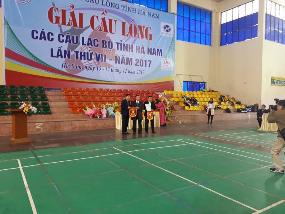 Tập đoàn Tân Á Đại Thành tài trợ Giải cầu lông các câu lạc bộ tỉnh Hà Nam lần thứ 17