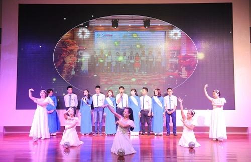 Tập đoàn Tân Á Đại Thành ra mắt ấn tượng dòng sản phẩm mới tại khu vực miền Trung 9
