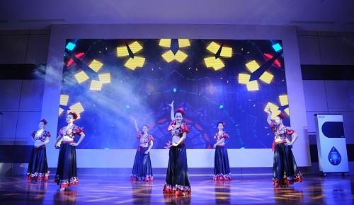 Tập đoàn Tân Á Đại Thành ra mắt ấn tượng dòng sản phẩm mới tại khu vực miền Trung 8