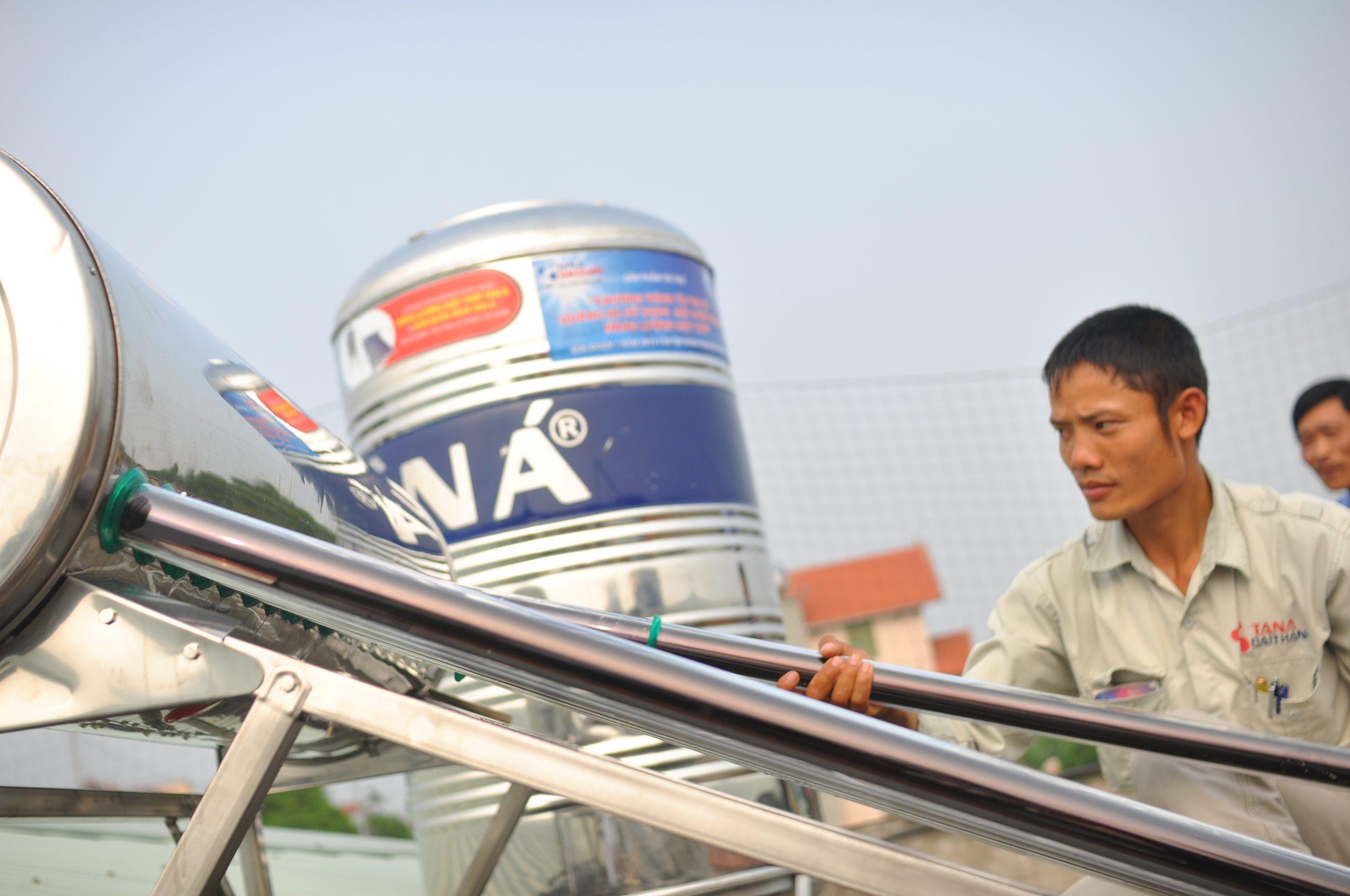 Sản phẩm Bình nước nóng năng lượng mặt trời hiện đang được lắp đặt rất rộng rãi