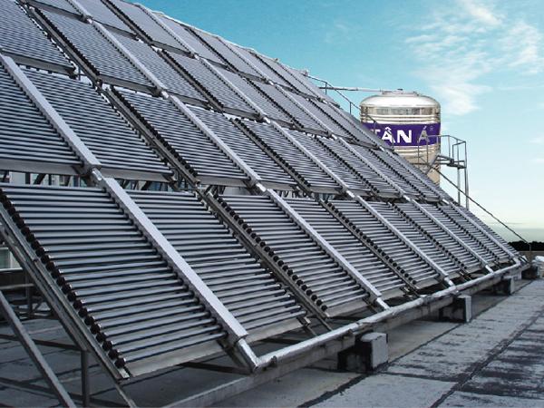 Sản phẩm Bồn nước và Máy nước nóng năng lượng mặt trời Tân Á được người tiêu dùng tin tưởng lựa chọn.