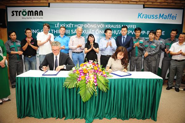 Lễ kí kết hợp tác chiến lược giữa Công ty CP nhựa Stroman và Tập đoàn Krauss Maffei 3