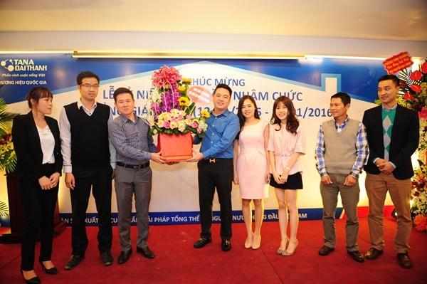 Nhìn lại chặng đường một năm thành công của Tổng Giám Đốc Tập đoàn Tân Á Đại Thành 3