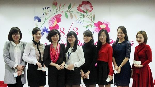 Phụ nữ Tân Á Đại Thành rạng rỡ ngày 8-3 3