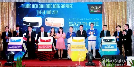 Lễ ra mắt sản phẩm mới Bình nước nóng cao cấp Rossi Sapphire 1
