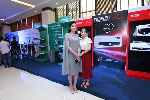 Rực rỡ Hội thảo ra mắt dòng sản phẩm mới của Tập đoàn Tân Á Đại Thành 2