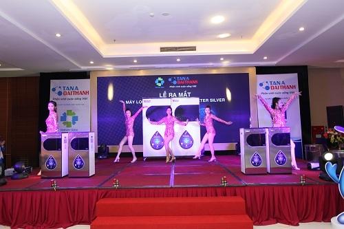 Rực rỡ Hội thảo ra mắt dòng sản phẩm mới của Tập đoàn Tân Á Đại Thành 6