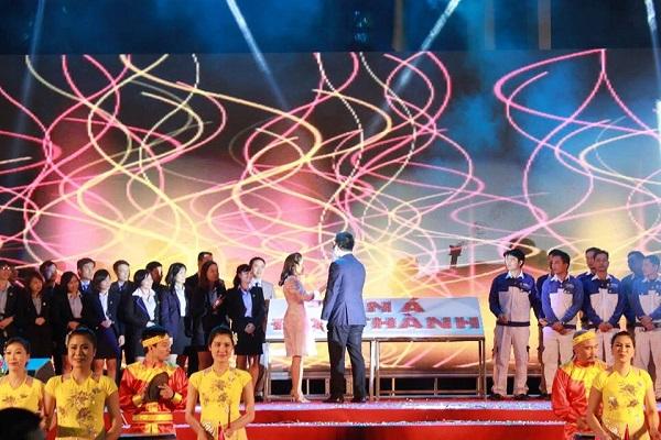 """Tân Á Đại Thành tổ chức thành công đại lễ hội """"Sức trẻ tuổi 22"""" 7"""