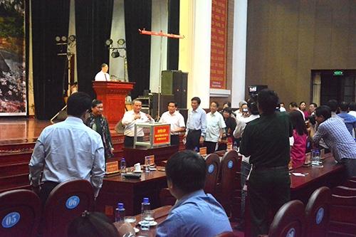 Tập đoàn Tân Á Đại Thành trao 100 bồn nước Tân Á trị giá 200 triệu đồng tới bà con vùng lũ Sơn La 1 2