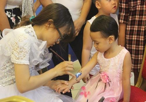 Tập đoàn Tân Á Đại Thành tổ chức vui Tết Trung thu cho con em CBNV 1