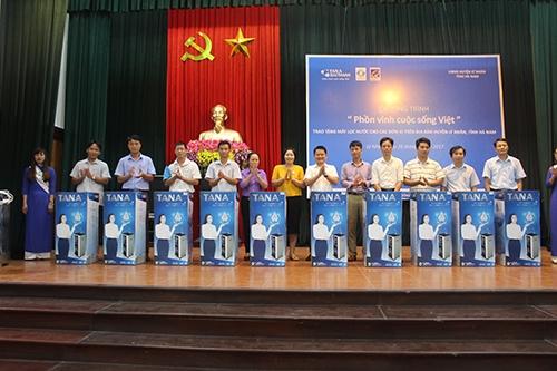 """Tập đoàn Tân Á Đại Thành triển khai chương trình """"Phồn vinh cuộc sống Việt"""" Giai đoạn 2  3"""