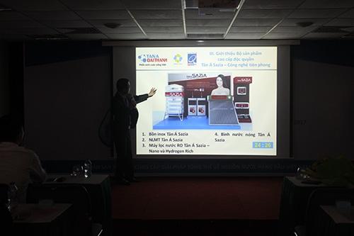 Tổ chức thành công Buổi gặp mặt giới thiệu Bộ sản phẩm Tân Á Đại Thành thế hệ mới 2017 cho các nhà phân phối 4