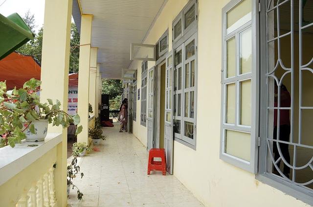 Tưng bừng ngày hội khánh thành 3 phòng học Dân trí tại Yên Bái 8