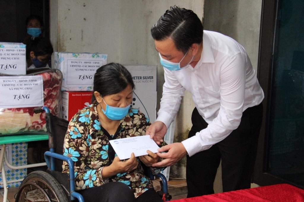 Bà Trịnh Thị Tý
