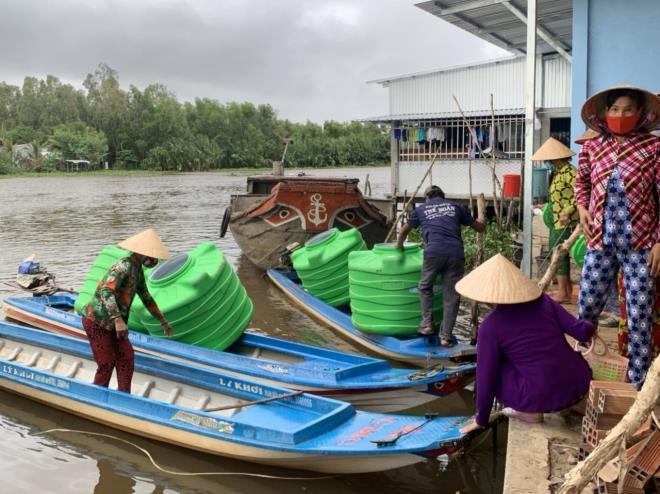 Giữa mùa COVID-19, Tân Á Đại Thành chi hàng tỷ đồng hỗ trợ người nghèo 3