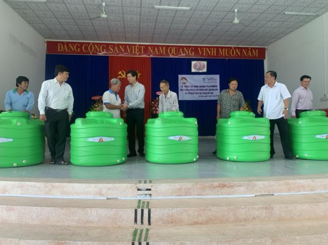 Giữa mùa COVID-19, Tân Á Đại Thành chi hàng tỷ đồng hỗ trợ người nghèo 5