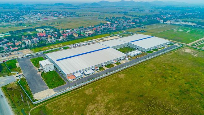 Tân Á Đại Thành tăng ca sản xuất bình nước nóng siêu kháng khuẩn trong những ngày rét đậm